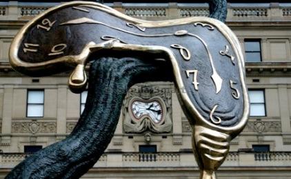 clock metling
