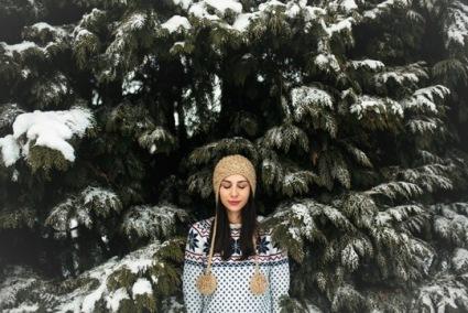 loves winter